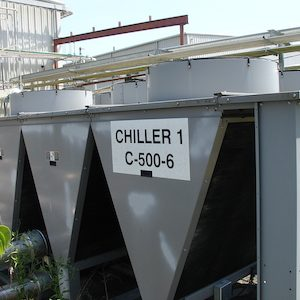 Carrier Chillers. 30 Ton.