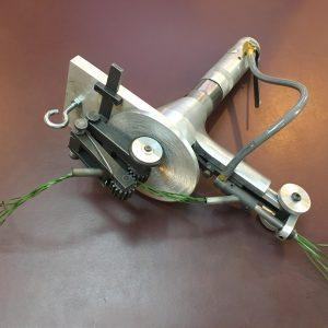 High pile synthetic turf mending gun. WS2339