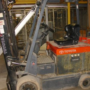 Toyota 6000 lb lift truck. Electric.  WS2433